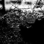 Immagine Copertina La finestra rotta Francesca Riscaio Racconto Contemporaneo Tragico Drammatico